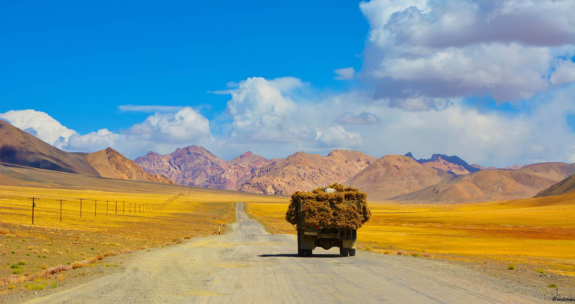 A Road Trip Along the Silk Route in China - Perihla Travel